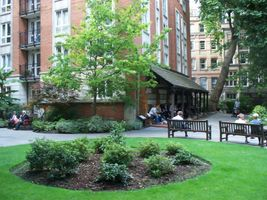 File:Postman's Park and the Wall of Heroes.JPG