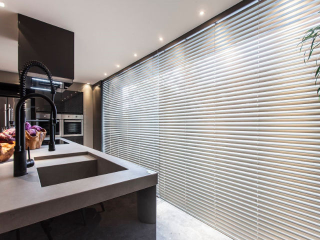 Persiana de Aluminio 50 mm para Cozinha Moderna