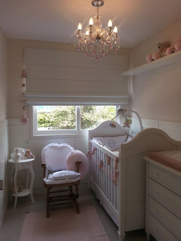 cortina romana quarto do bebê