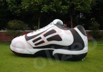 chaussure géante gonflable