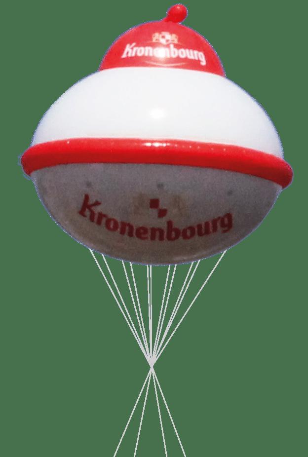 soucupe volante kronenbourg gonflée à l'hélium