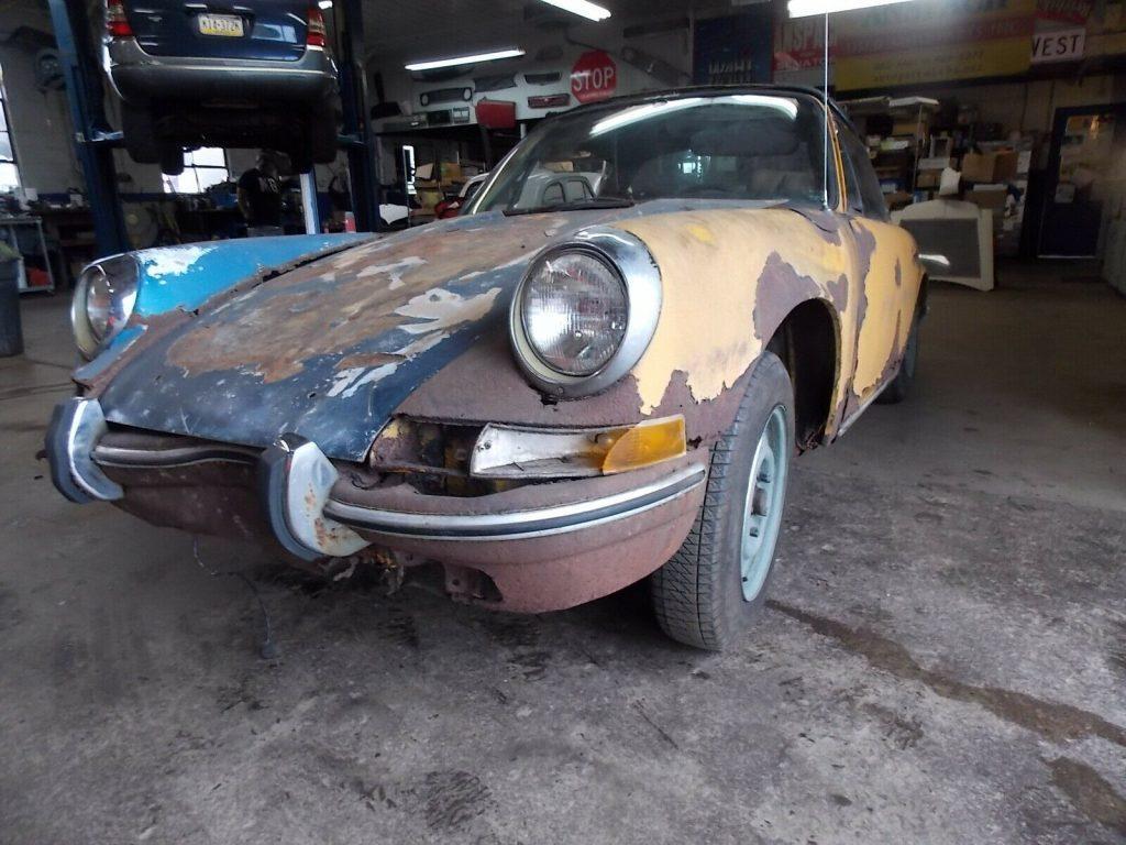 1972 Porsche 911 Targa Restoration Project with Extra body shell