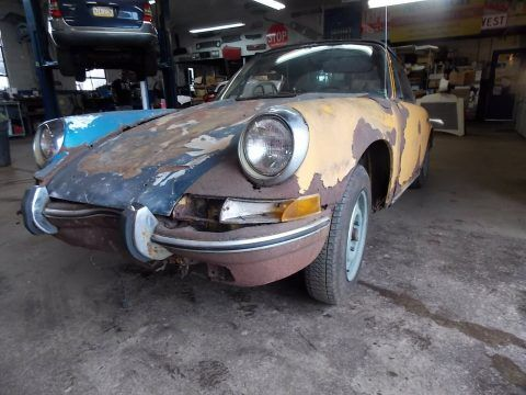 1972 Porsche 911 Targa Restoration Project with Extra body shell for sale