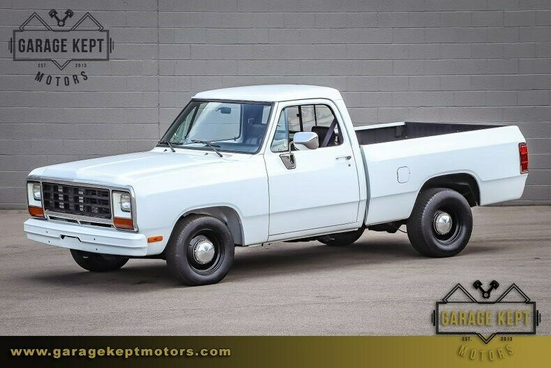 1990 Dodge Ram 1/2 Ton Short Box Pickup Truck (440 V8, 59380 Miles)