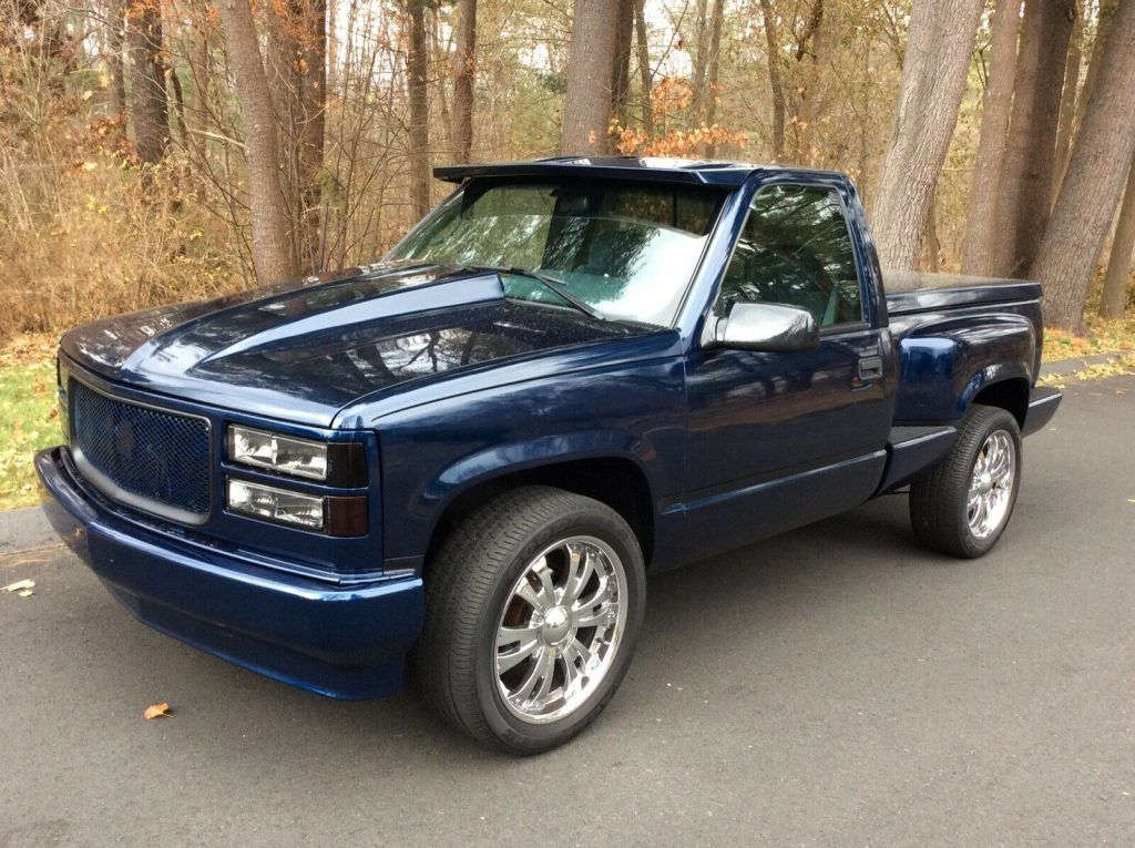 1995 GMC Sierra 1500 4×4 V8 Stepside [Fully Restored]
