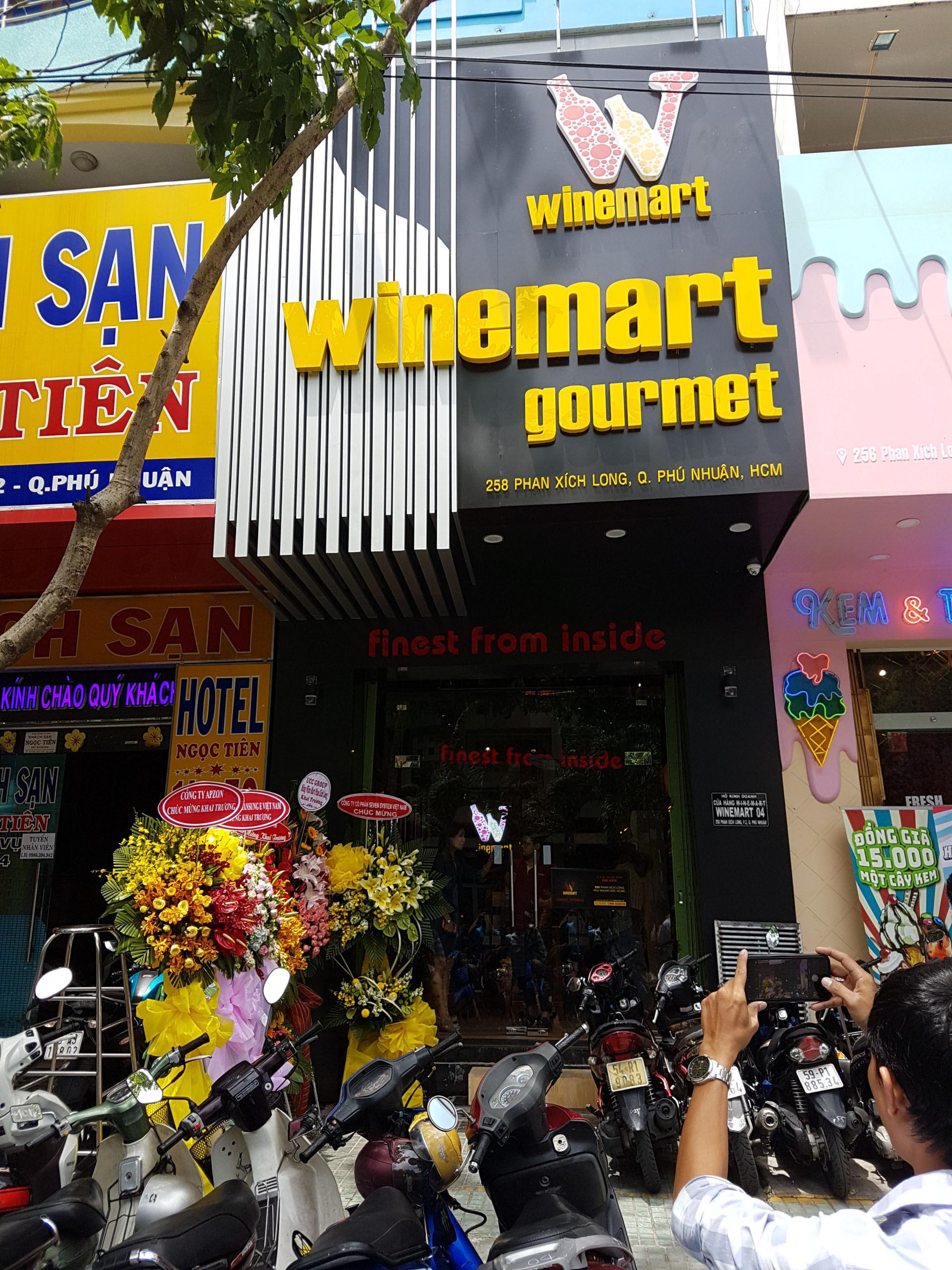 Winemart_Phan Xich Long