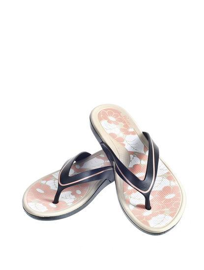 Waves Women Black Casual Outdoor Flip-Flop