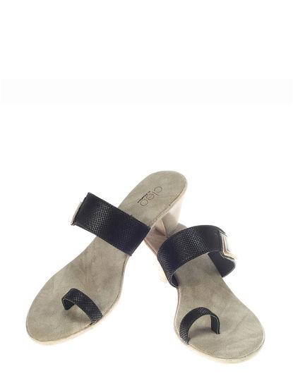 Khadim's Cleo Women Black Casual Slip-On Sandal
