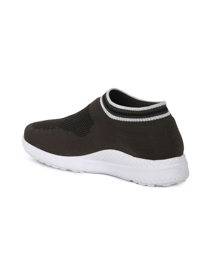 Pro Men Grey Sneakers