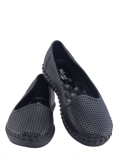 Khadim's Waves Women Black Loafer Shoe
