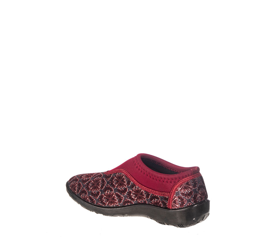 Khadim's Women Maroon Casual Slip-On Sneakers
