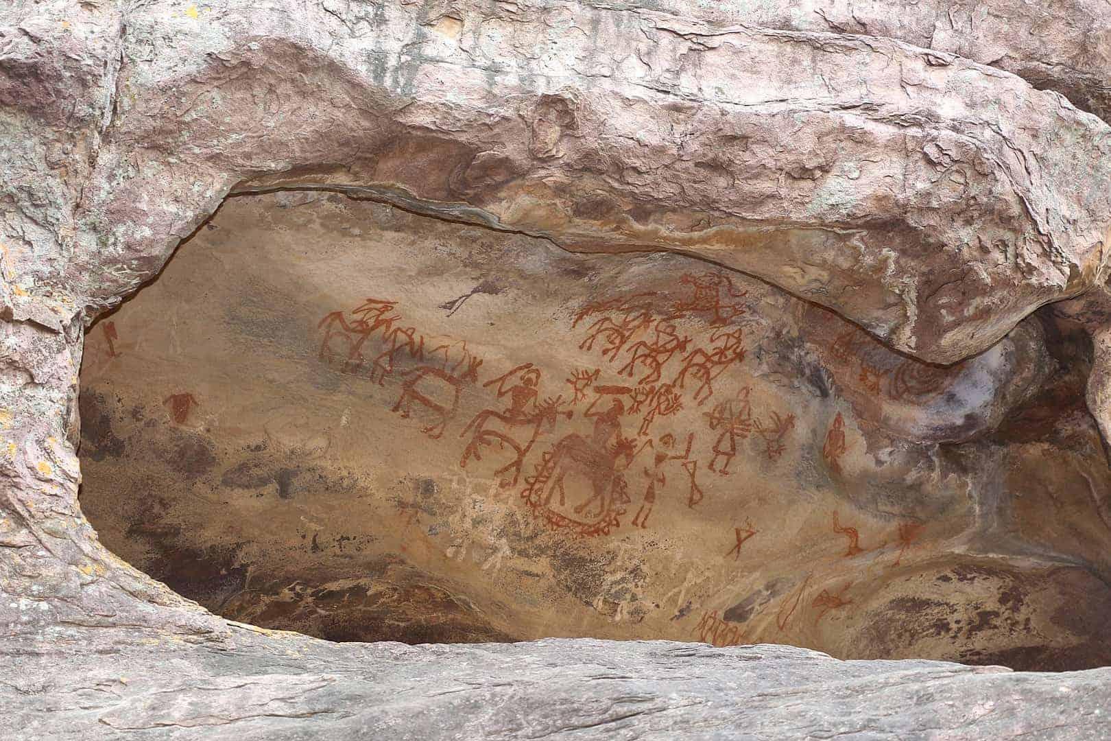 Bhimbetka – A 30,000 year old Stunning Art Gallery