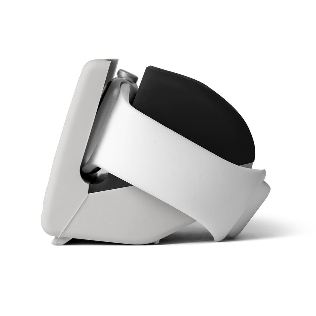 ISaga - Apple Watch Stand (Black) | Klippik Kuwait UAE Saudi