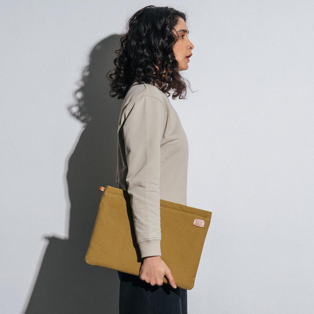 Amazing Green Canvas sleeves for your laptop, iPads, MacBooks, Tablets | Buy Online |KlippiK Kuwait UAE Saudi