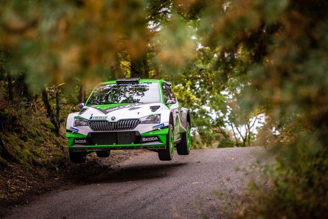 Tovární posádka Jan Kopecký/Jan Hloušek dominovala na Rally Pačejov a slaví první společné vítězství v soutěži MČR v rallye