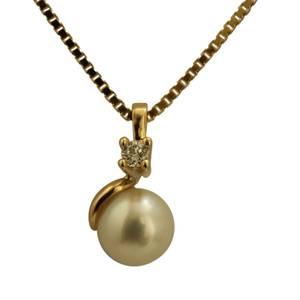 Elegant guldvedhæng med brillant og perle