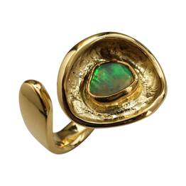 Guldring med Etiopisk opal