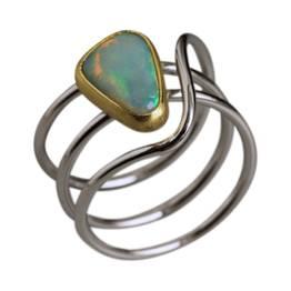 unika ring med kundens opal
