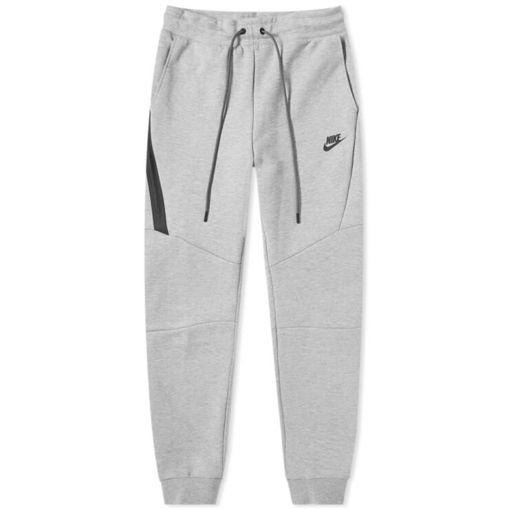 Nike Tech Fleece Joggers in Grey