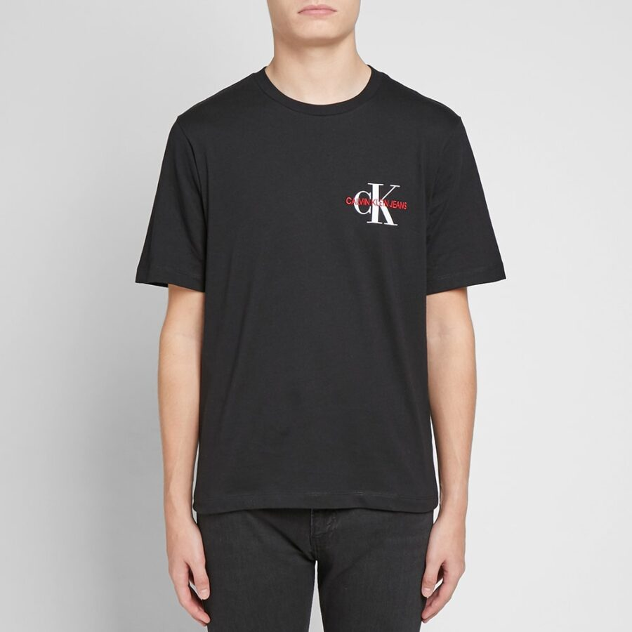 Calvin Klein Chest Logo T-Shirt in Black