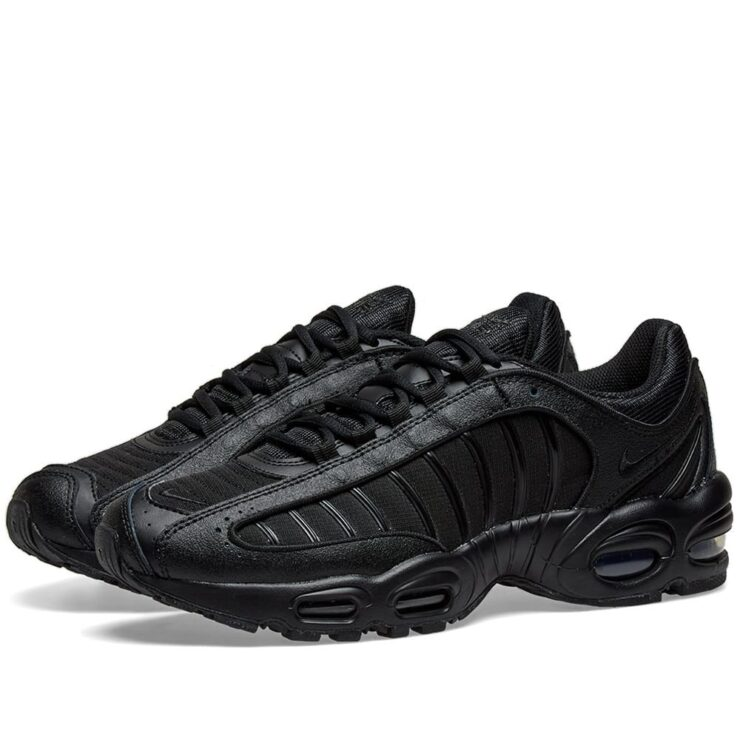 Nike Air Max Tailwind 4 in Triple Black