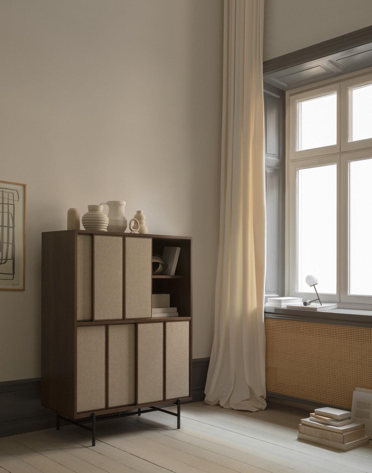 Canvas--1974-1975--tall-cabinet--gallerySlider-1--Walnut--WN--K220.png