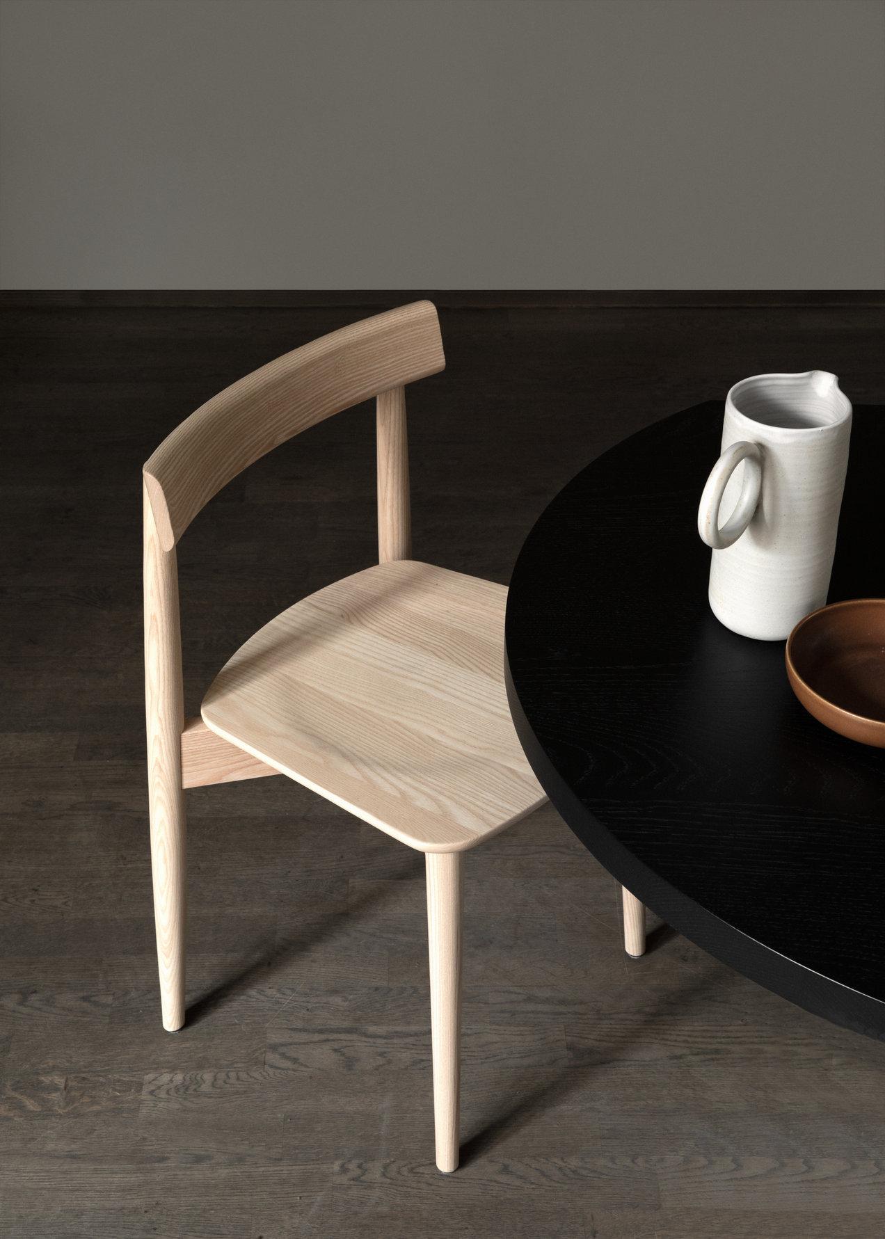 Lara--1790--lara-chair--gallerySlider-1--Ash--DM.png