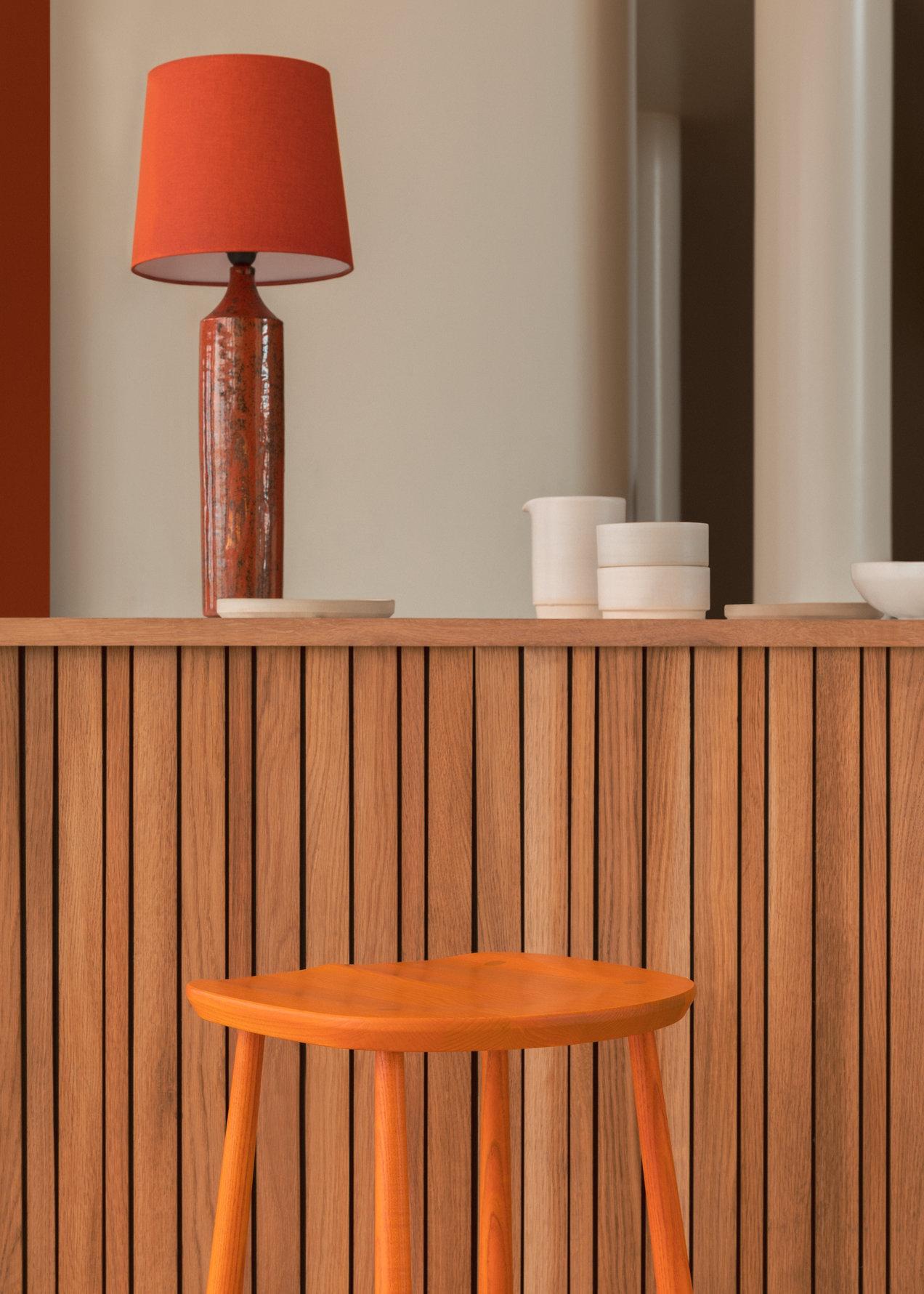 Originals--4666-4667--utility-stool--gallerySlider-4--Ash--OE.png