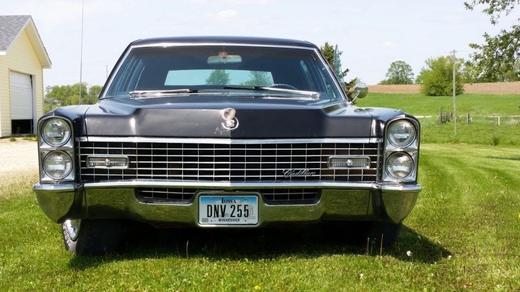 fuel injected 1967 Cadillac Fleetwood Series 75 limousine