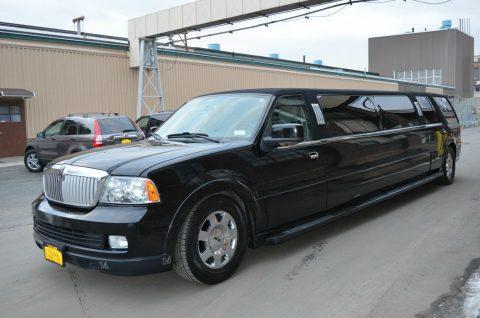 nice 2006 Lincoln Navigator Limousine for sale