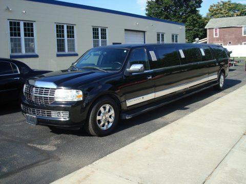 some blemishes 2008 Lincoln Navigator Limousine for sale