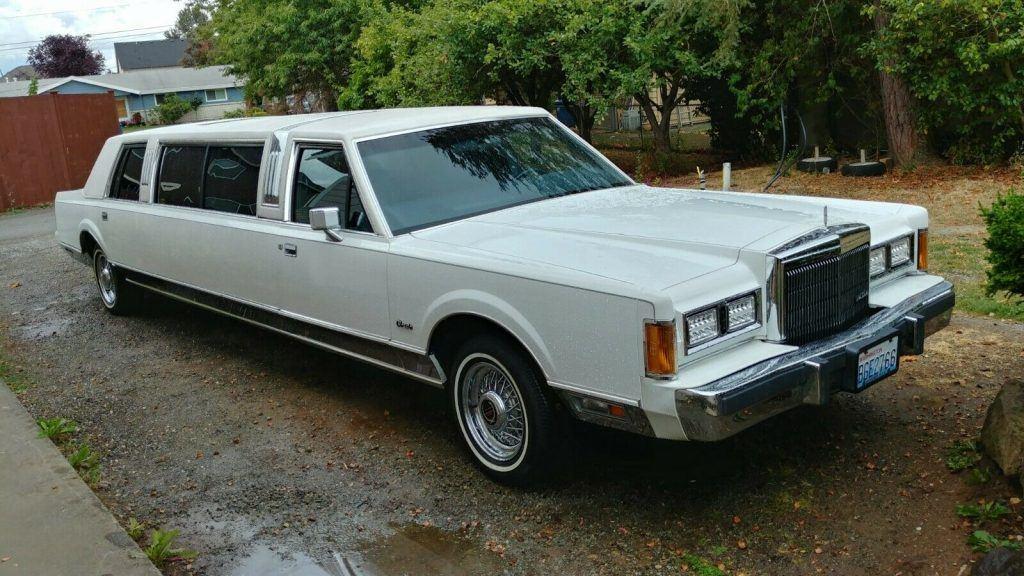 garaged 1989 Lincoln Town Car Limousine