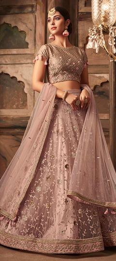 4471867f69 Bridal Lehenga : Indian Wedding Lehenga For Brides Online