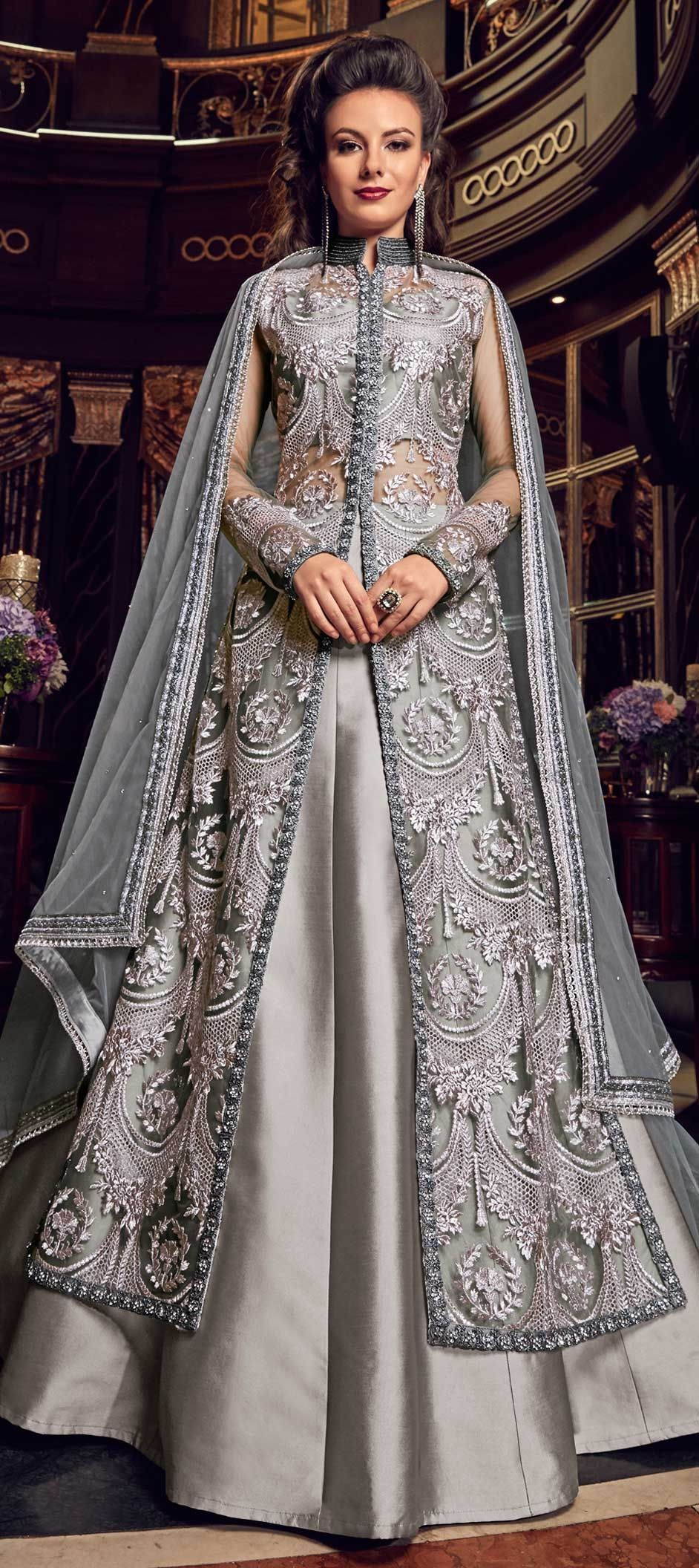 2e9604f7f6 1547620: Mehendi Sangeet Silver color Net fabric Long Lehenga Choli