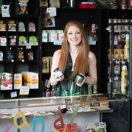 Jessica Dickens Is Living the Dream as Budtender at The Green Shelf