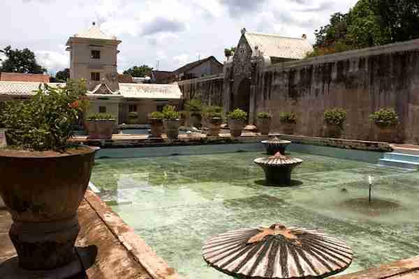 Wisata Budaya di Jogja: Tamansari