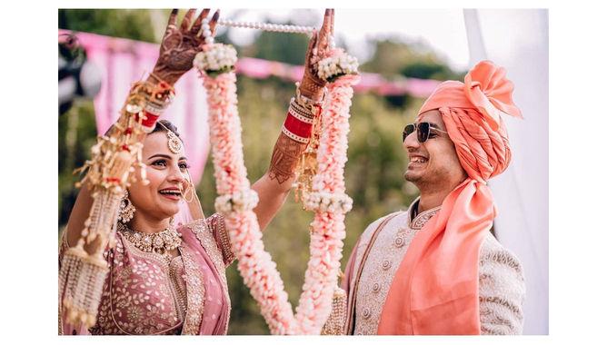 Priyanshu Painyuli wedding photos