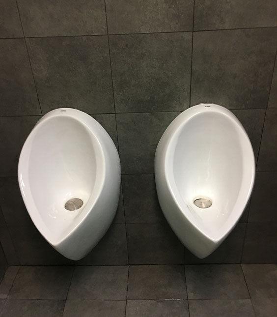 Commercial Bathroom - Bunnings Mascot