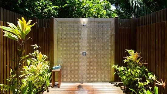outdoor shower - buying guide