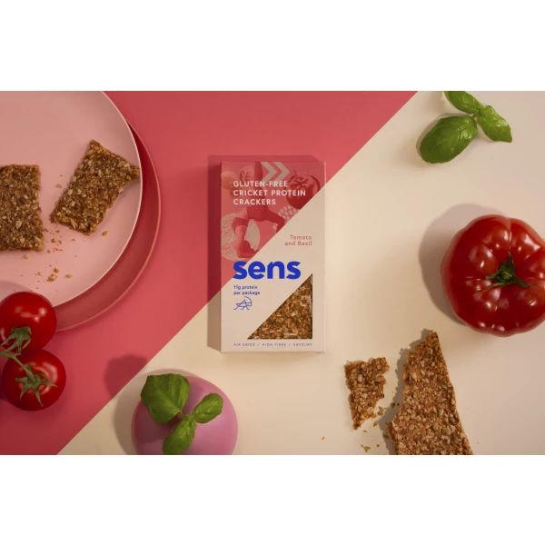 Sens maximálna výživa z cvrčkov