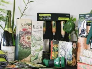 Giveaway: Christmas at Kew