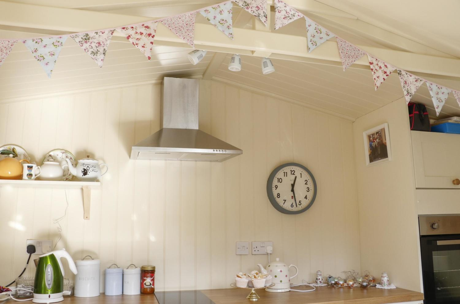 ITV's Love Your Garden visited Kath Ryan to give her the garden makeover of her dreams! The Studio Apex by Malvern Garden Buildings has a fitted kitchen perfect for Kath to bake for her 'boys'