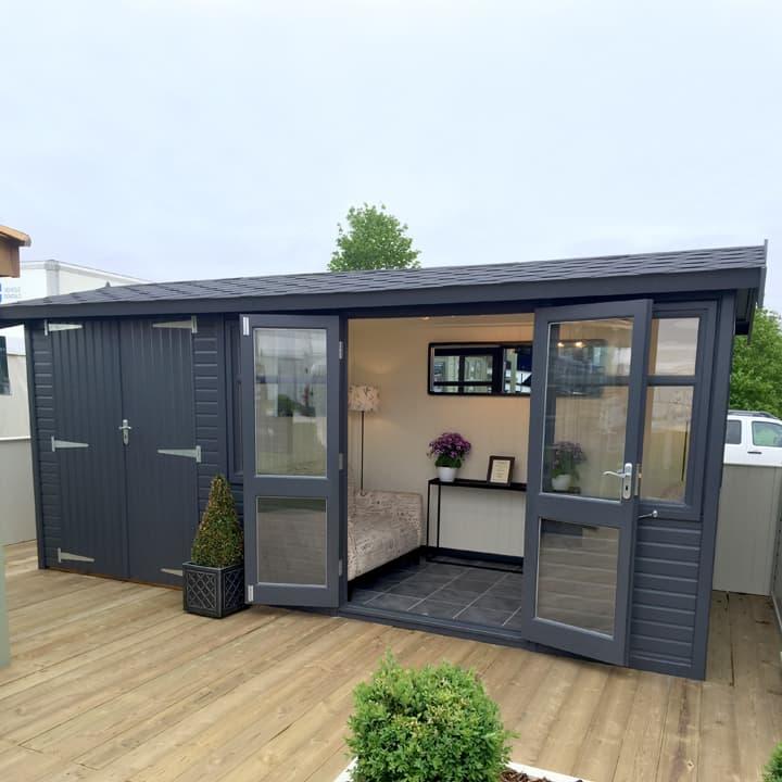 Arley Studio Pavilion