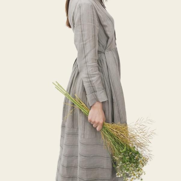Cottagecore fashion - prairie dress