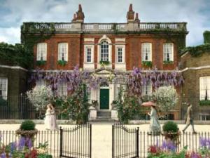 Bring Bridgerton Grandeur to Your Grounds