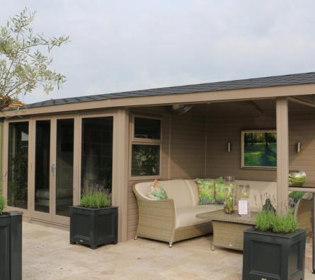 Studio Pavilion by Malvern Garden Buildings