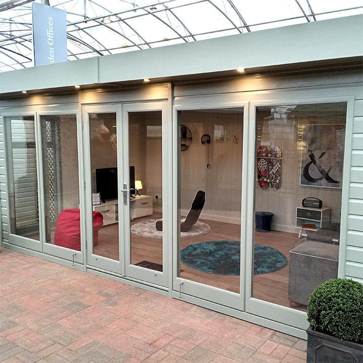 Flat Roof Garden Studio