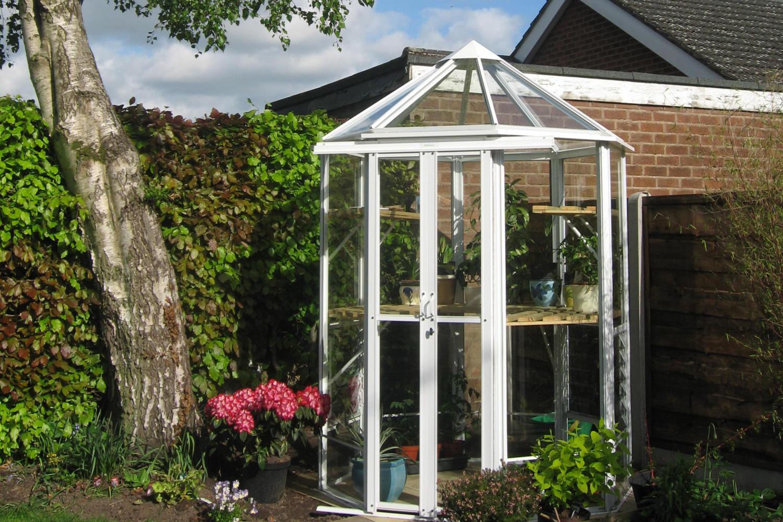 Robinsons Renaissance Small Greenhouse