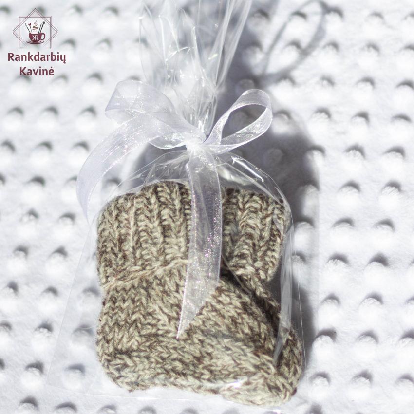 avalynė | kojinės | įvairiaspalvės kojinytės naujagimiams. d