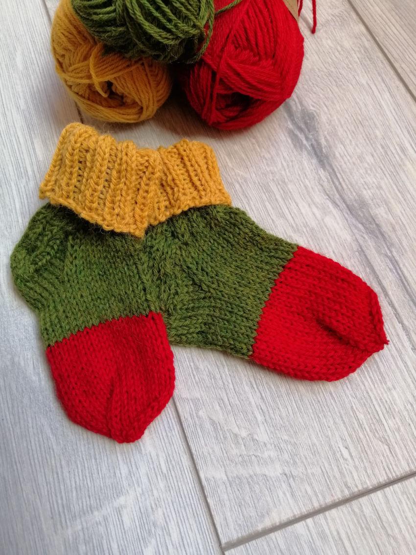 avalynė   kojinės   lietuviškos trispalvės spalvų kojinės ma